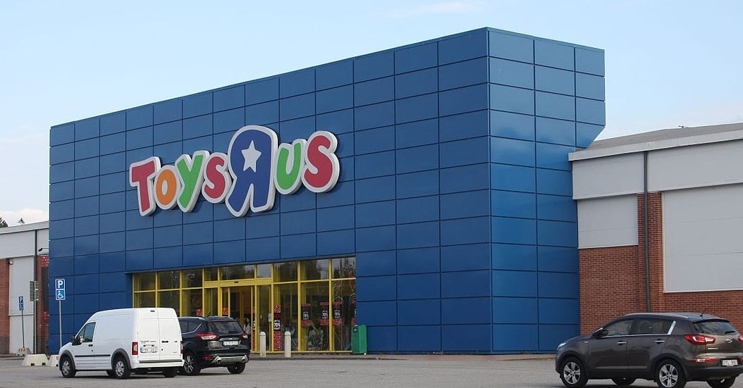 toys r us file for bankruptcy